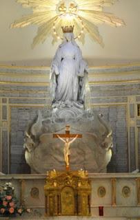 13437-1-grande-1-chapellenotredamemedaillemiraculeuse